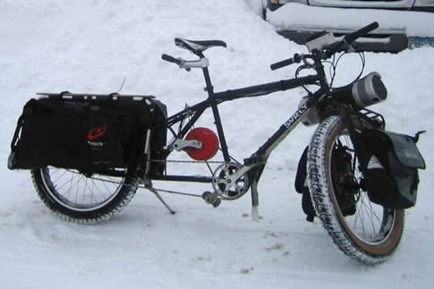 surly-longtail-bicycle-winter